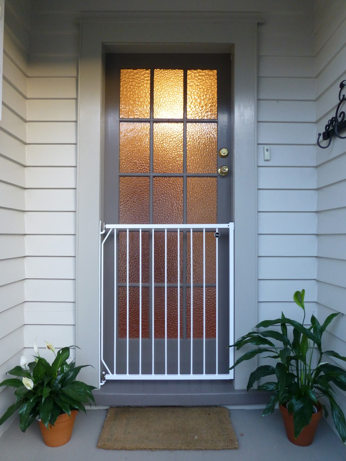 Safety Doors Safety Grills: SECURITY DOORS MITRE 10 MEGA