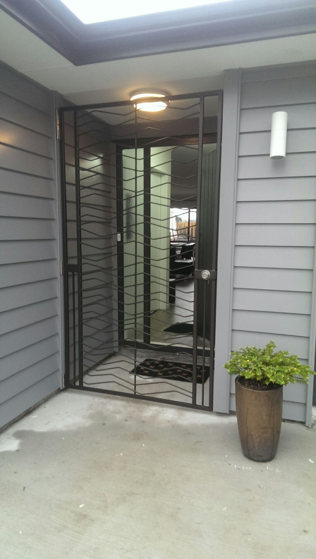 Craggy extra wide dora doors Extra wide front doors